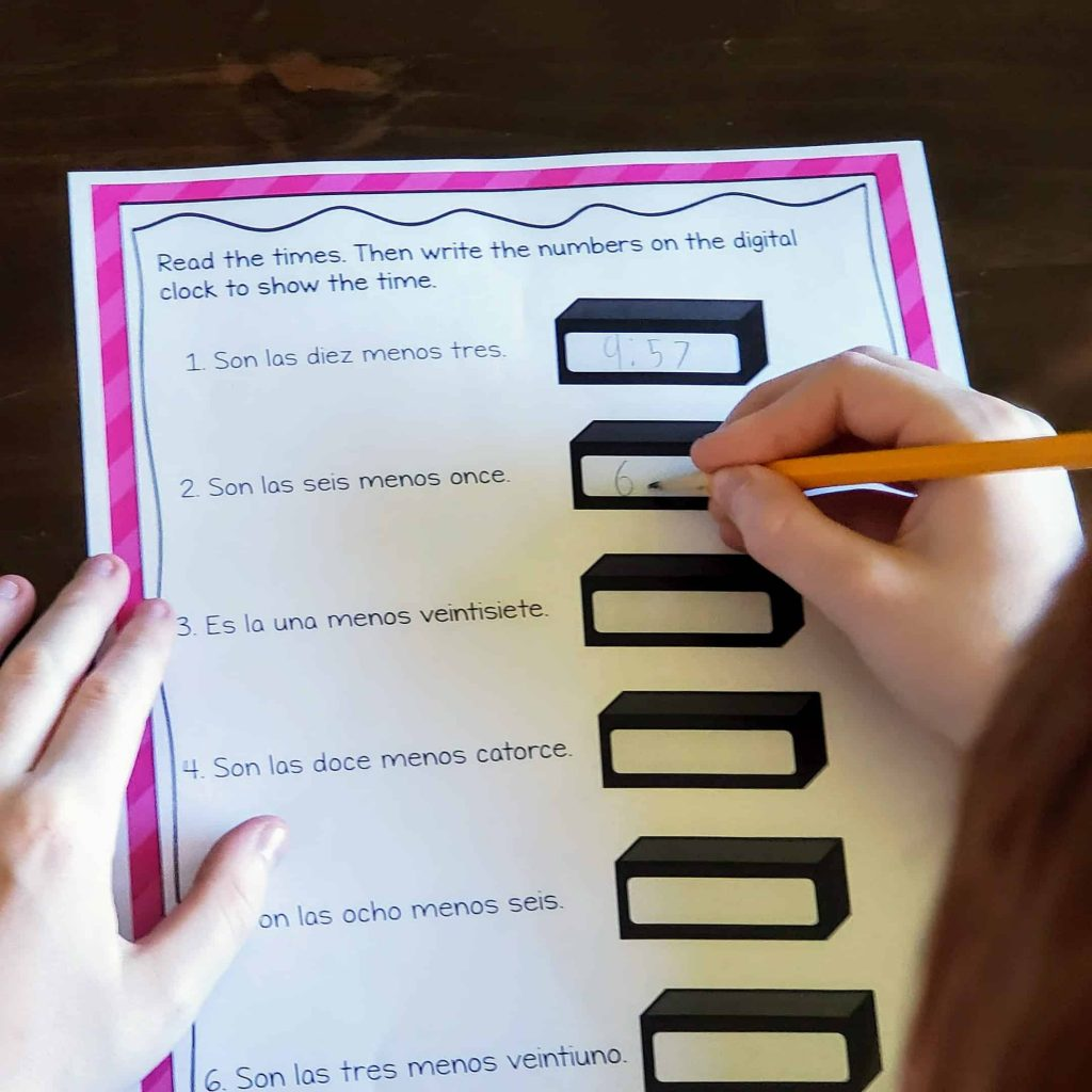 spanish reading activity for telling time