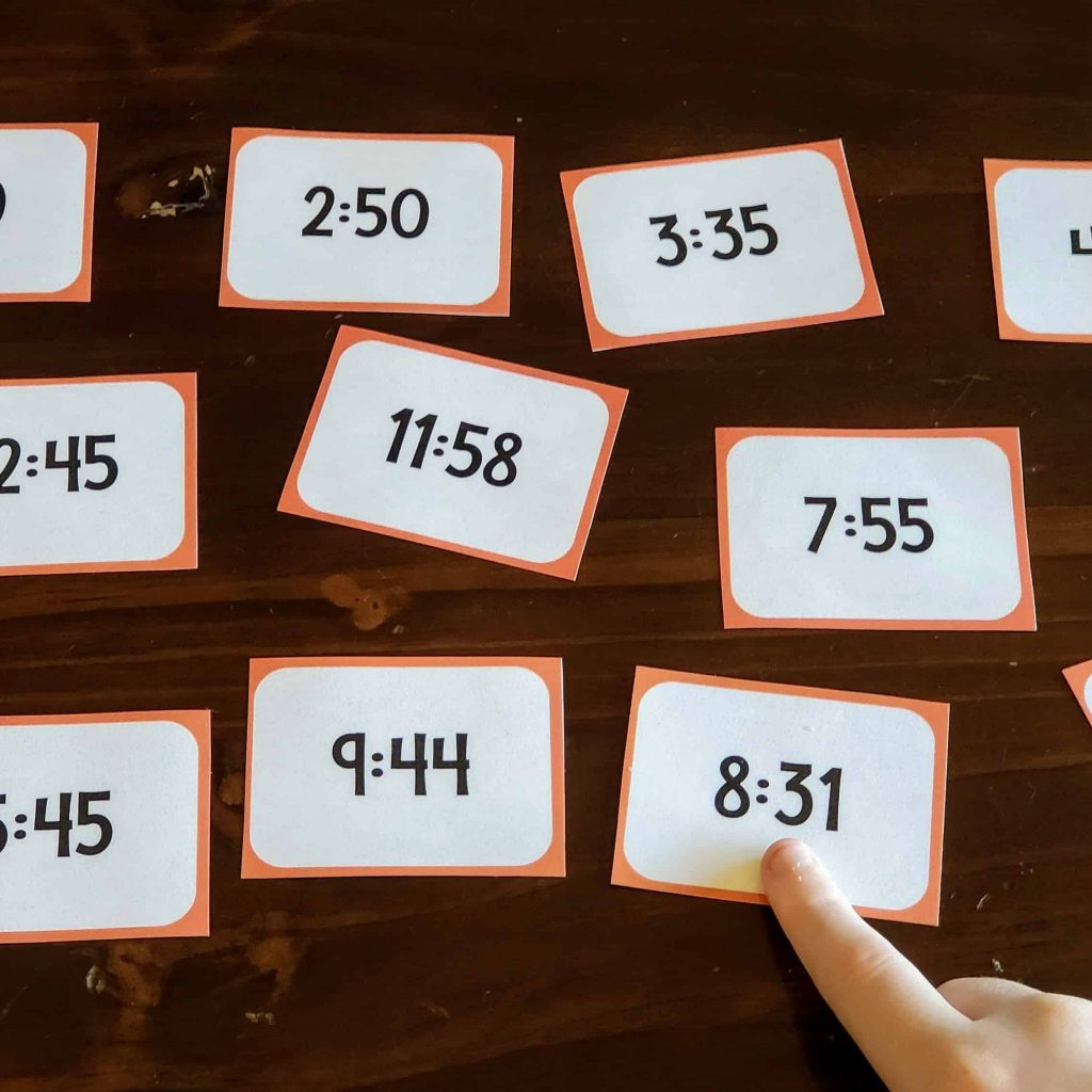 spanish flashcards to practice telling time